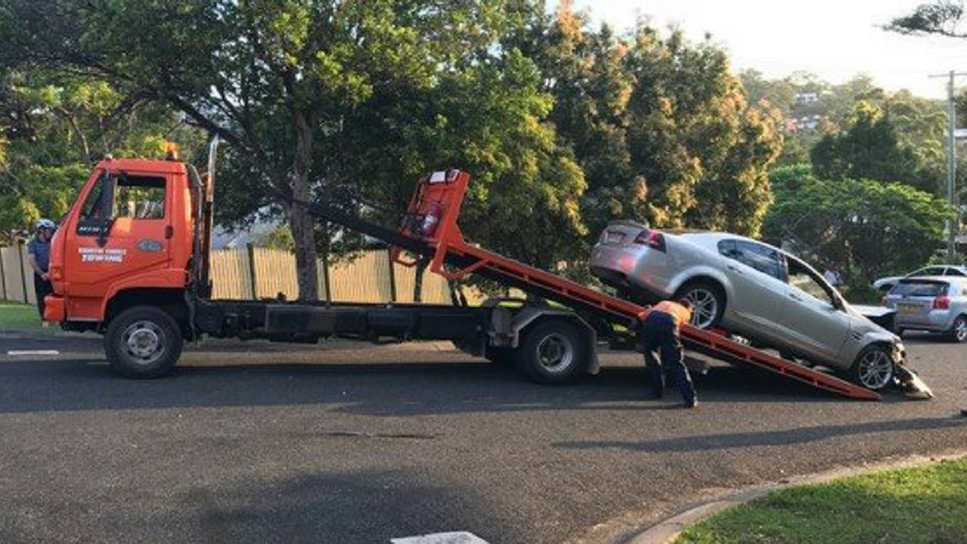 Car Crashes Into Stationary Vehicles at Coffs Jetty